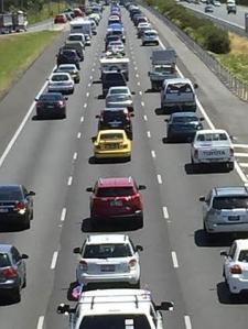 Bheavy traffic on bruce highway