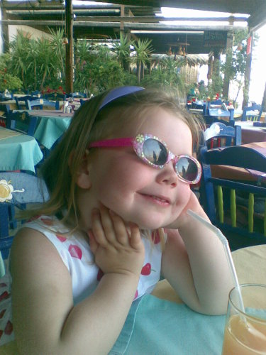 laoise-in-sunglasses-on-hols-in-greece